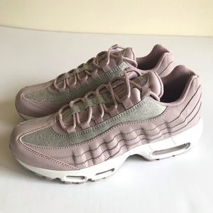 87f663697a41 Nike. NEW Nike Air Max 95 SE Glitter Pink. NWT